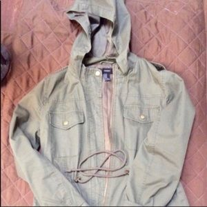 Lightweight Utility Hooded Jacket Size Med Youth